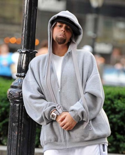 mariah-carey-dressed-as-eminem-1